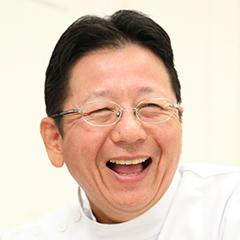 陶山 健一 院長